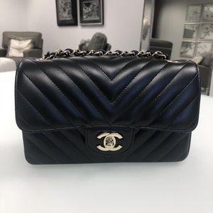 4b46cb60f Chanel mini black rectangle chevron flap bag